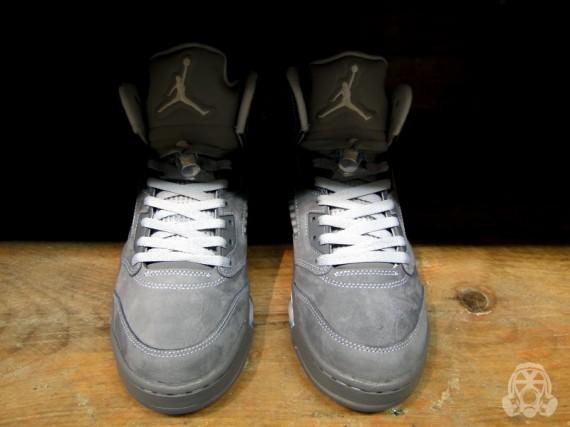 jordan 3 wolf grey on feet