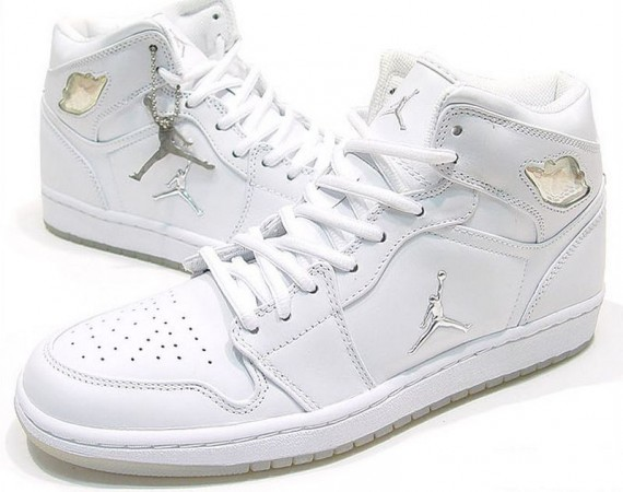 The Daily Jordan: Air Jordan 1 - White - Metallic Silver - 2002