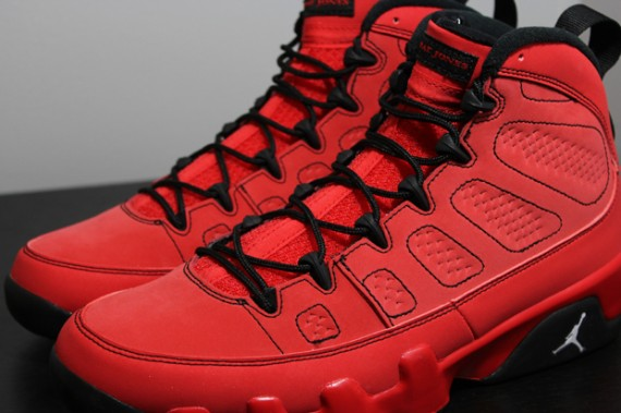 pretty nice d57fe cc50a Set to be the last pair in the Air Jordan IX  Kilroy Pack  saga is this  challenge red release, the Air Jordan IX  Motorboat Jones .