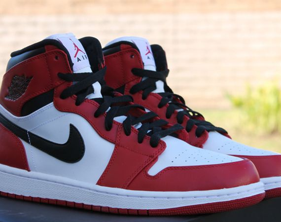 when did the first air jordan 1 come out