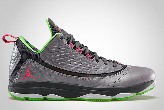 """wholesale dealer cd370 bef5c It sort of looks like the Jordan CP3.VI AE will take up the popular """"Jekyll    Hyde"""" theme from last year s Jordan CP3.V. The pair pictured above would  be ..."""