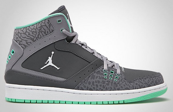 36b1c8ed4 Back again for the Summer is the mainstay model that is the Jordan 1 Flight.  The above shoe sports the newly minted Green Glow pallete seen on the Air  ...