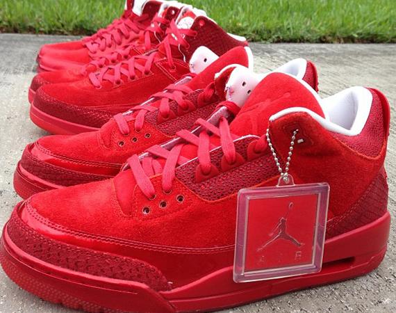 """Air Jordan Retro """"Red"""" Collection - Air"""