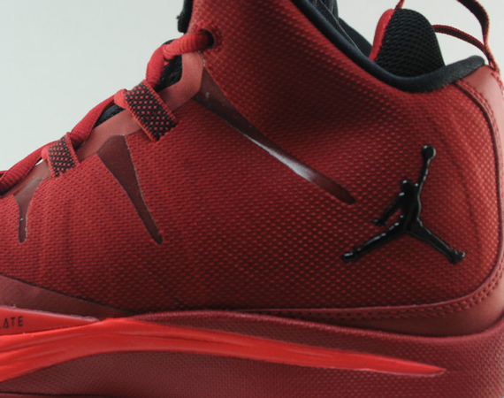 uk availability 2e3e3 c0dc7 The Jordan Super.Fly 2 continues its aggressive push to shelves, and today  we get yet another look at Blake Griffin s favorite in an upcoming gym red  and ...