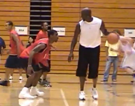 Michael Jordan vs. OJ Mayo - Air