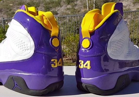 Air Jordan 9: \