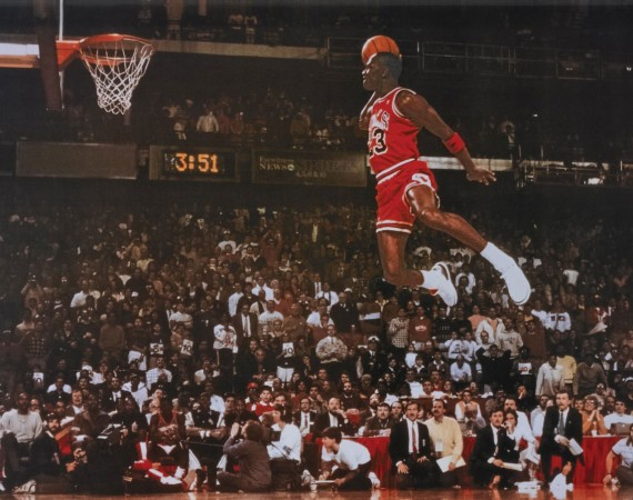 Michael Jordan Wins Slam Dunk Contest in Air Jordan 3