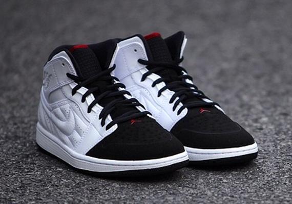 Air Jordan 1 Retro 99 \