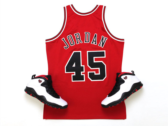 new styles 44be3 f5355 Michael Jordan's #45 Chicago Bulls Jersey by Mitchell & Ness ...