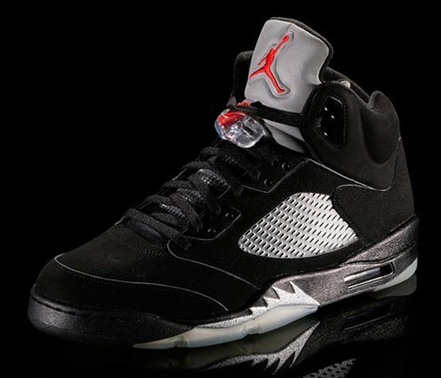 air-jordan-v-black-metallic-silver-1