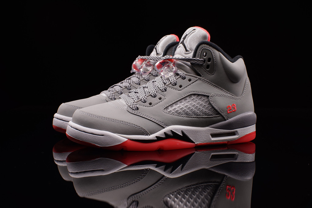 quality design 760f6 4ce1f Air Jordan 5