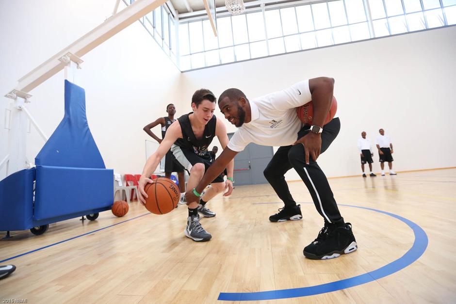 Chris Paul's NBA Africa Trip Includes Air Jordan 6 Low