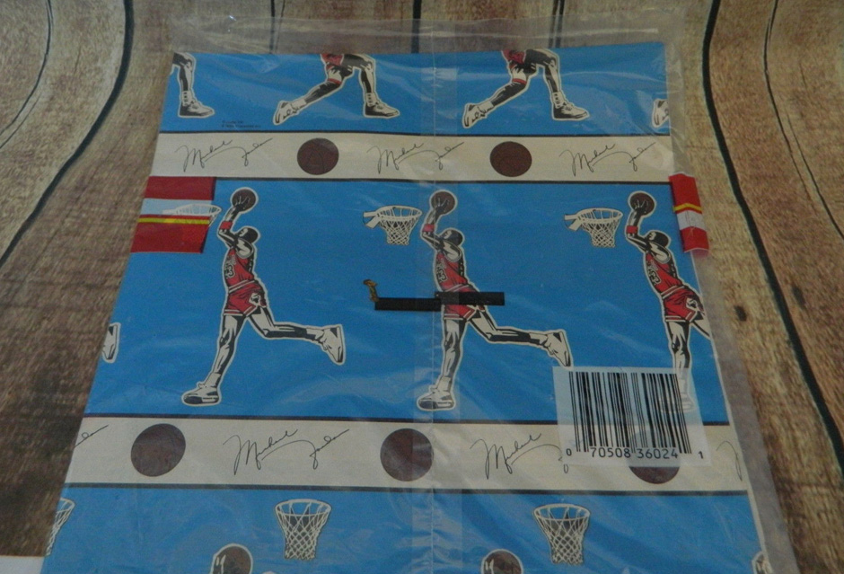 michael-jordan-wrapping-paper-2