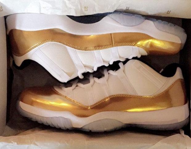 air-jordan-11-low-metallic-gold-1