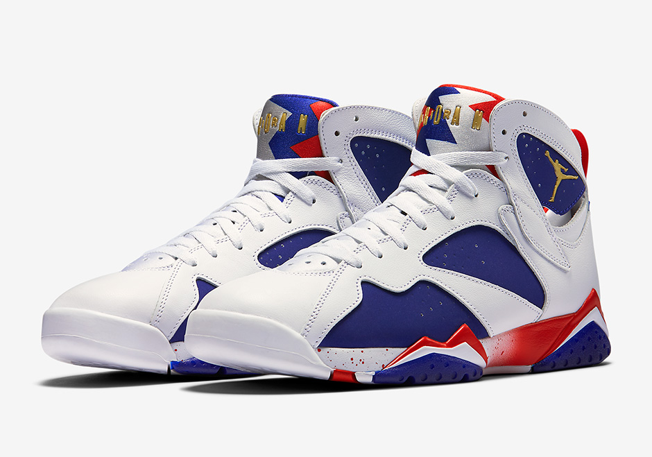 new styles aa81e 95d9f Michael Jordan s turn with the Dream Team during the 1992 Olympics will  always be remembered as historic. The shoe he wore throughout the games,  however, ...