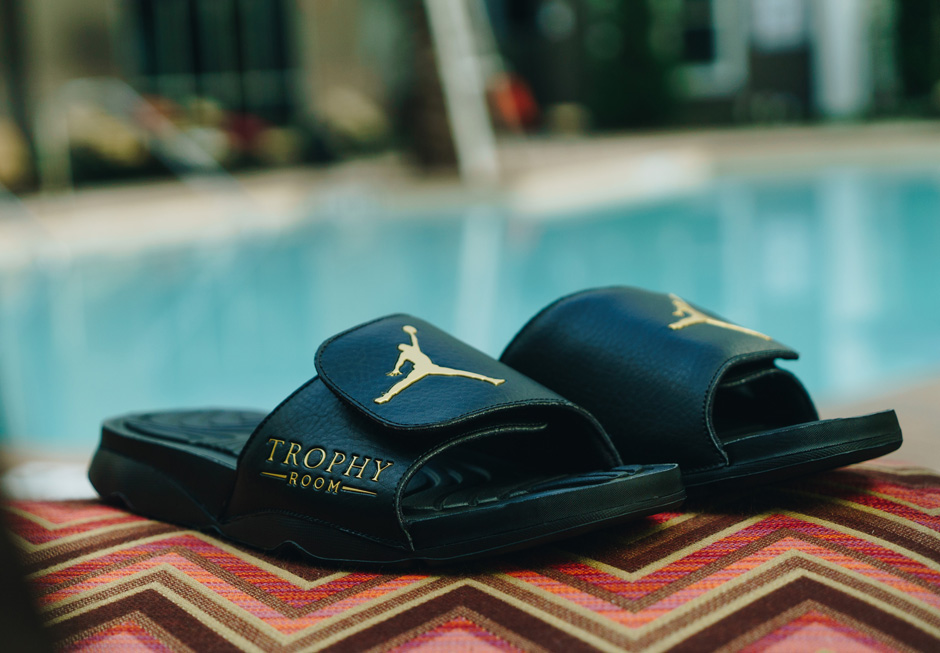 new arrival 0a1df 5c418 Close Look At Trophy Room's Latest Jordan Slides - Air ...