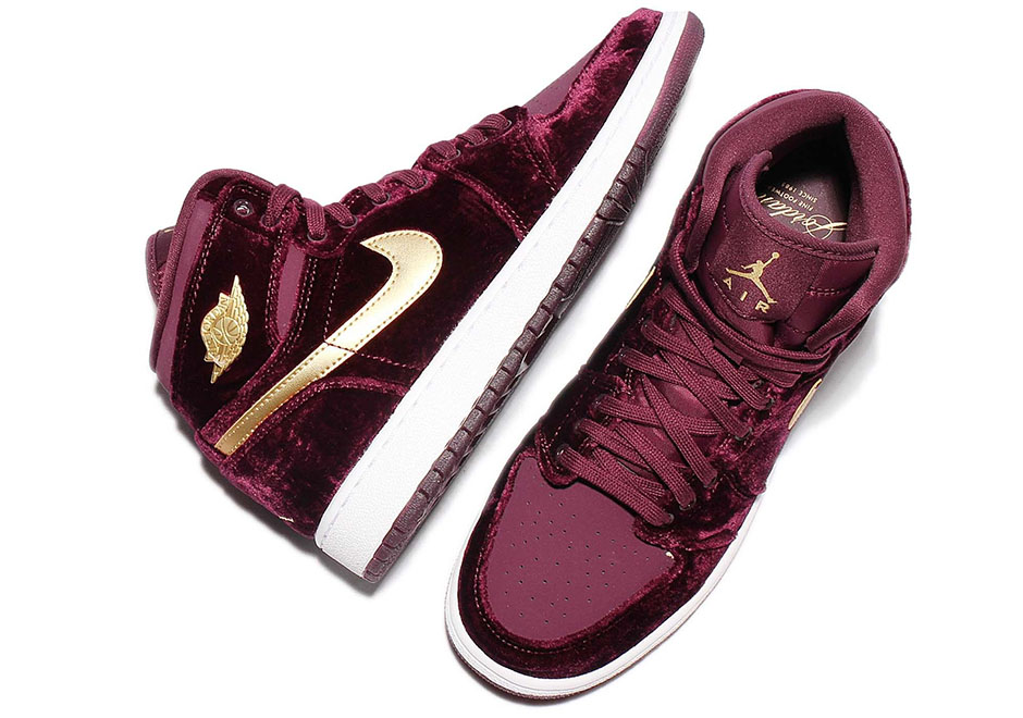 buy online c8a8f a0c35 Air Jordan 1 Heiress Gets Red Velvet Treatment - Air Jordans ...