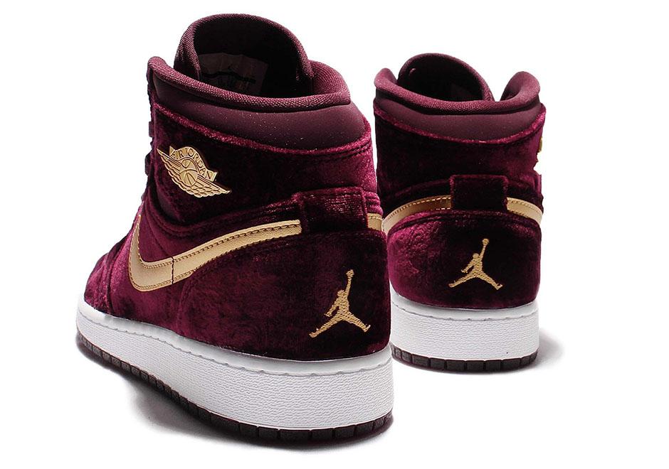 buy online 83980 4aade Air Jordan 1 Heiress Gets Red Velvet Treatment - Air Jordans ...