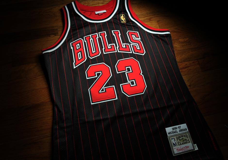 buy online 0e98a e8159 jordan black pinstripe jersey