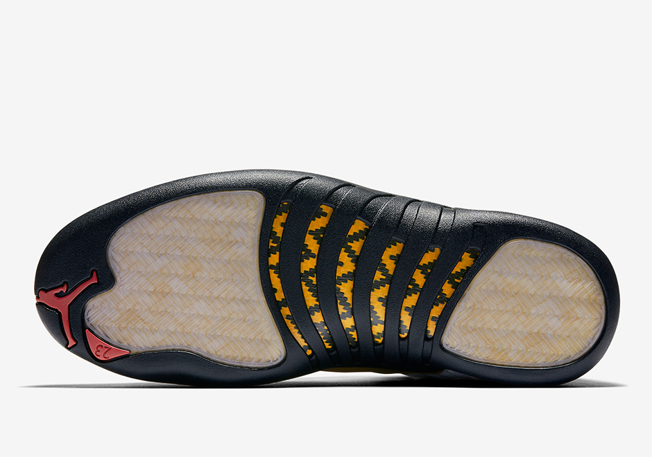 the latest 5376c 0f338 Air Jordan 12