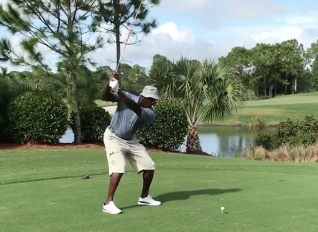 michael-jordan-golf-swing-1