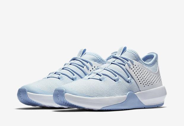 jordan-express-blue-white-5