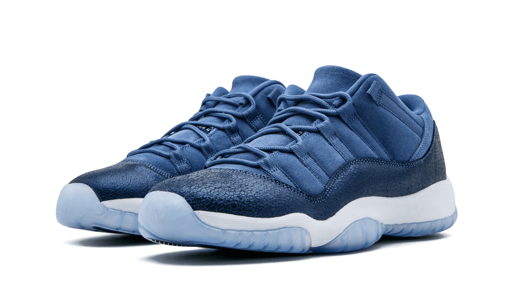 new styles 58efc f0329 Though Jordan Brand hasn t yet released any New York Yankees-compatible Air Jordan  11s in honor of Derek Jeter, they might be getting close if Air Jordan 11  ...