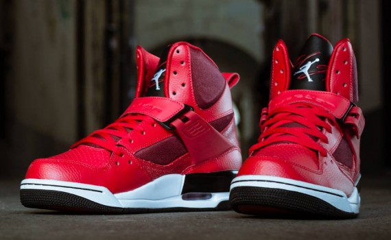 Nike React Element 87 Red Orbit & Orange Peel: Release