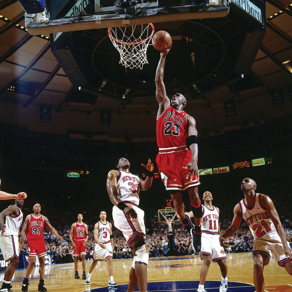 air-jordan-11-low-ie-bred-1996-playoffs-michael-jordan-1
